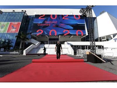 Abre edición simbólica de Cannes para reinvindicarse