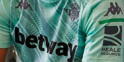 HOY / Gobierno español avisa a 25 clubes que deben cesar la publicidad de apuestas