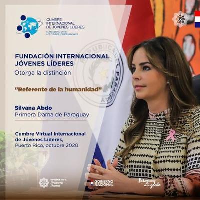 """Otorgan la distinción """"Referente de la humanidad"""" a la primera dama de Paraguay"""