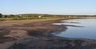 Desde Conalaypa piden limpiar algas con rastrillos