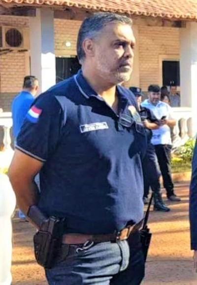 Cúpula de la Policía PROTEGE al CUESTIONADO comisario JAVIER FLORES