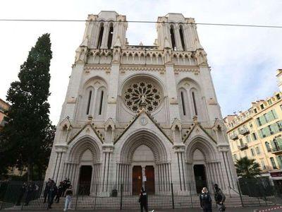 Tres muertos en atentado terrorista en una catedral de Francia