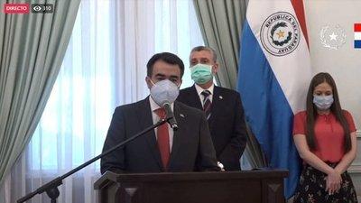 Oscar Llamosas es nuevo ministro de Hacienda y hay cambio en la AFD