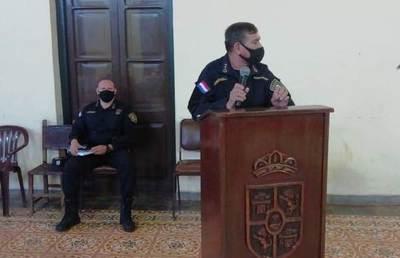 Director policial argumenta insuficiencia de personal pero en las represiones sobran policías