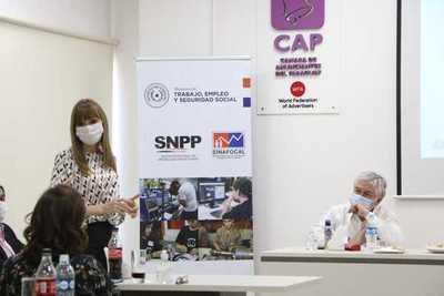 Acuerdan proyecto para generar nuevos puestos laborales en el sector servicio