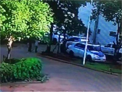 Fiscalía imputa a policías por liberación de presos