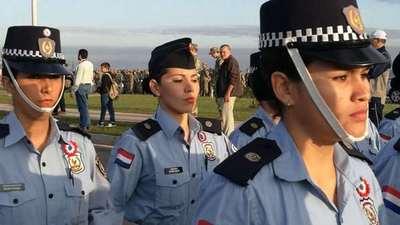 Esteña quedó fuera de la academia policial por petisa