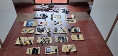 Incautan más de 100 chip investigados en caso de extorsión en el Penal Regional de Itapuá