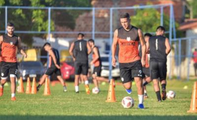 HOY / Bareiro firma su contrato con Cerro Porteño