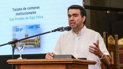 Inversión, responsabilidad fiscal y reformas: los tres desafíos que tiene Óscar Llamosas como nuevo ministro de Hacienda
