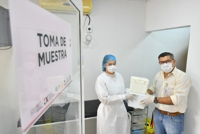 Itaipu completa entrega de 10.000 tests covid-19 al Laboratorio Biomolecular de Alto Paraná
