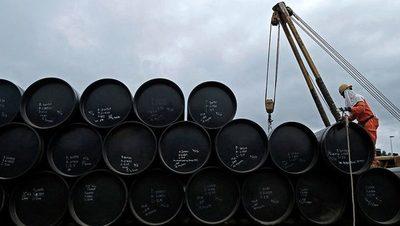 Se profundizó la baja del barril de petróleo