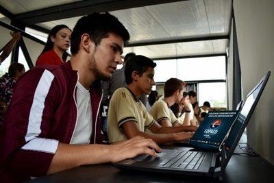 Trabajo ofrece más de 1.000 cursos virtuales a partir de noviembre