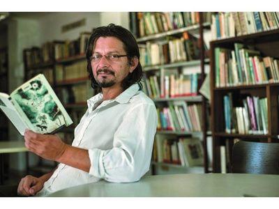 Escritor presenta La Cuarentena de Ñasaindy, una novela sobre la pandemia