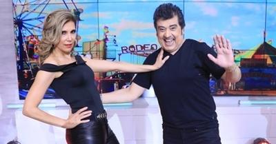 Sannie López y Rubén Rodríguez bailan al puro estilo de los 70'