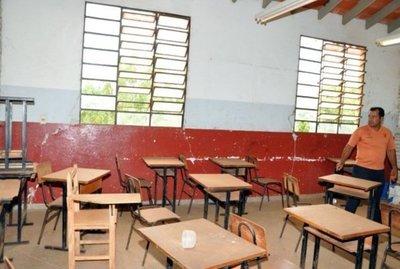"""Vuelta a clases vs muchas letrinas y falta de agua, en MEC admiten """"deficiencias"""""""