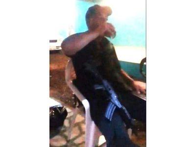Investigan fiesta entre policía y presos en comisaría encarnacena