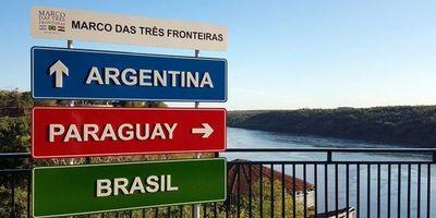 Organizan marcha en Puerto Yguazú, la única ciudad de la triple frontera que sigue con el paso cerrado
