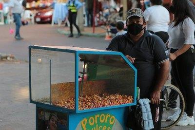 """Crónica / VENDEDOR DE PORORO: """"No pierdo las esperanzas, de esta vamos a salir"""""""