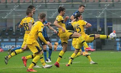 Inter sufre para empatar con el Parma