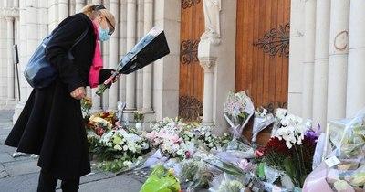 La Nación / Un sacerdote ortodoxo herido a balazos en Francia en plena tensión por ataques