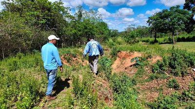 Productores exigen reparación de un camino vecinal en Yataity del Norte