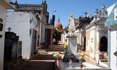 Celebran Día de Todos los Santos con agendamientos en cementerios