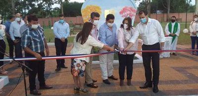 Inauguran mejoras en una plaza de Gral. Aquino