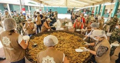 La Nación / Familias vulnerables de Limpio recibieron 3.000 platos solidarios