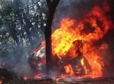 Vehículo arde en llamas y el conductor muere calcinado – Diario TNPRESS
