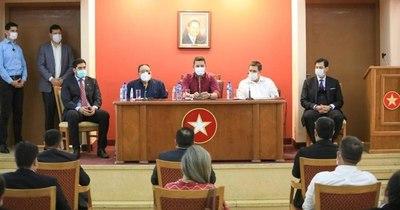 La Nación / Coordinadora de Convencionales apoya prórroga de mandato de autoridades partidarias