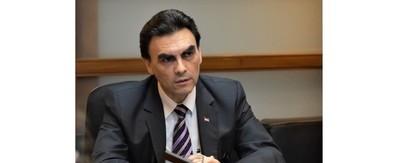 Carlos Pereira asume al frente del Ministerio de la Vivienda