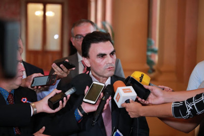 Ejecutivo oficializó a Carlos Pereira como ministro de MUVH