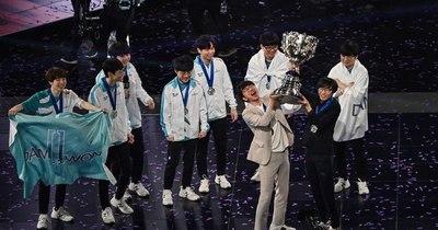 La Nación / Corea del Sur recupera el trono del 'League of Legends'