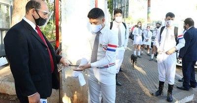 La Nación / Unos 20 mil alumnos regresaron ayer a las clases presenciales