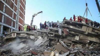 Turquía confirma 100 muertos por el terremoto en la provincia de Esmirna