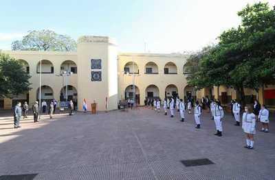 Itaipu mejoró áreas climatizadas y sistema eléctrico del Colegio Nacional de la Capital