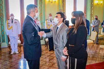Carlos Pereira jura como nuevo ministro de la Vivienda – Prensa 5