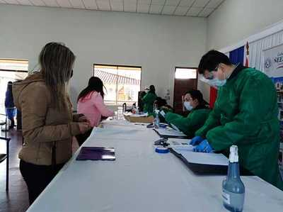 Jóvenes de Ñeembucú recibirán desembolso en concepto de becas universitarias