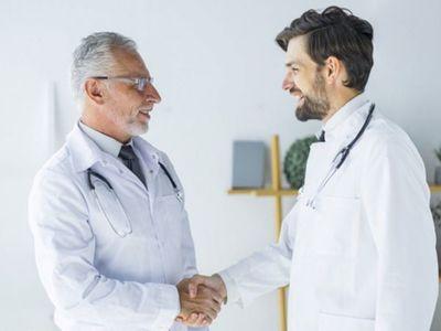 Ofrecen vacancias para médicos y enfermeros