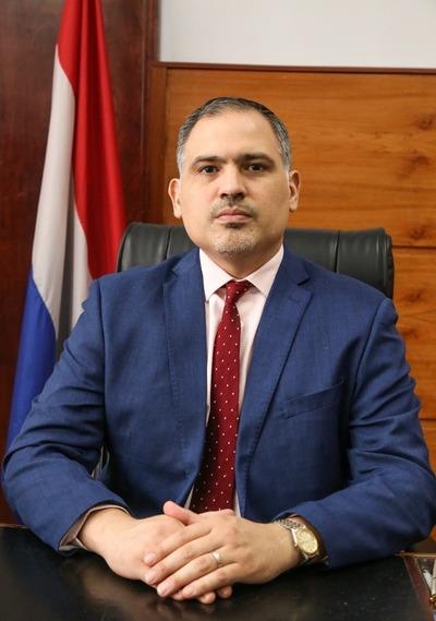 Nombran a Marco Antonio Tadeo Elizeche como nuevo viceministro de Administración Financiera