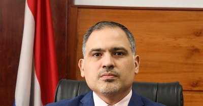 La Nación / Abdo Benítez designó a Marco Elizeche como nuevo viceministro de Hacienda
