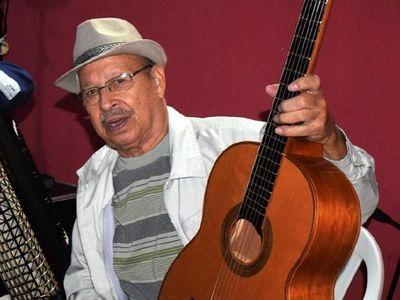 Fallece Serafín Ullón, guitarrista y formador de artistas