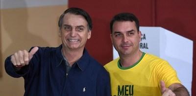 Brasil: Fiscalía acusa al hijo de Bolsonaro por hechos de corrupción