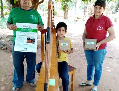 Niños, niñas y jóvenes reciben equipos para educación virtual y clases de música