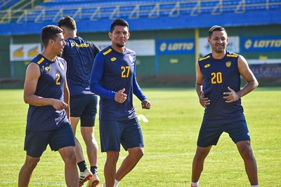 Luqueño juega su continuidad en la Sudamericana en Argentina