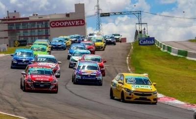 HOY / El Team Paraguay Racing es bicampeón del Cascavel de Oro