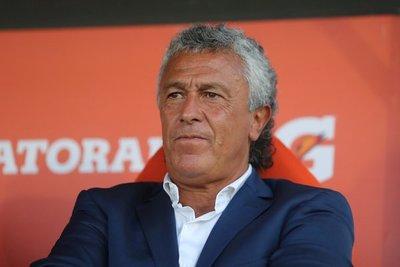 Olimpia anuncia a Néstor Gorosito como nuevo DT