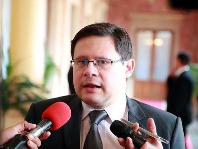 Viceministro destaca importancia de convenio internacional tributario para la transparencia