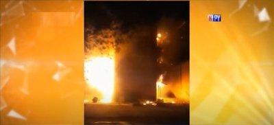 Explosión en fábrica ocasiona incendio de gran magnitud